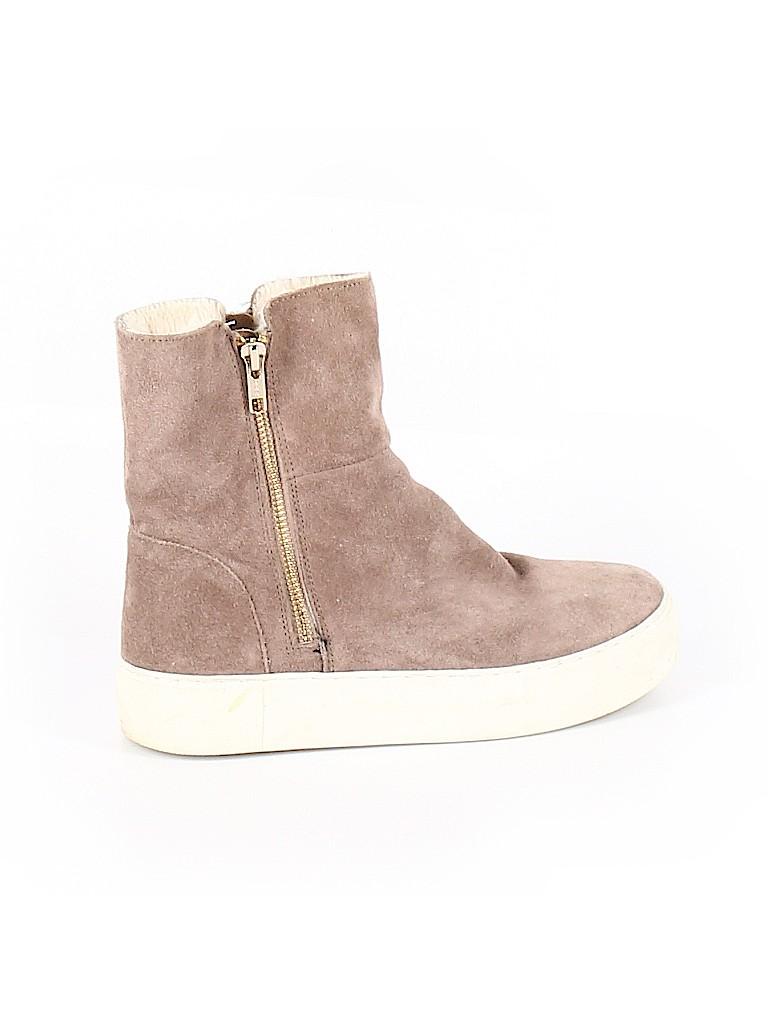 J/Slides Women Sneakers Size 7 1/2