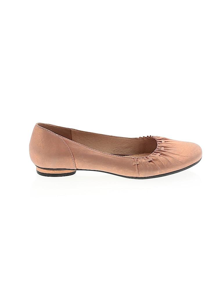 Clarks Women Flats Size 5 1/2