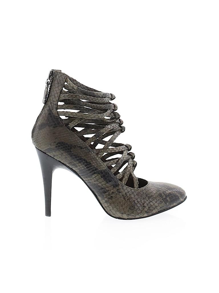 B Makowsky Women Heels Size 5