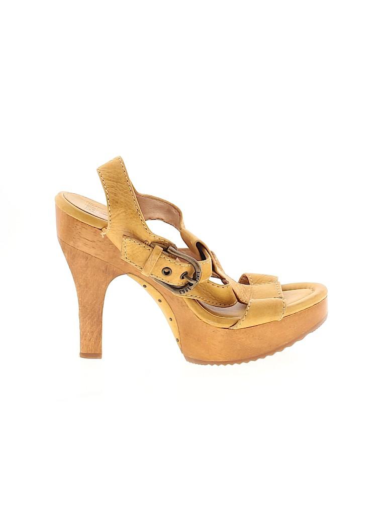 FRYE Women Heels Size 8 1/2