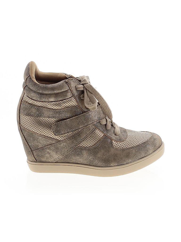 Xhilaration Women Sneakers Size 9