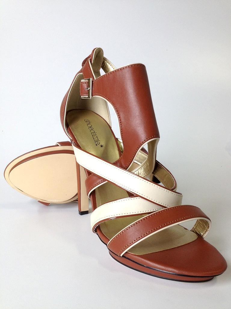 Shoedazzle Women Heels Size 10