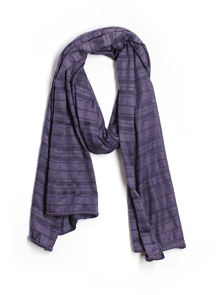 gap scarf 57 only on thredup