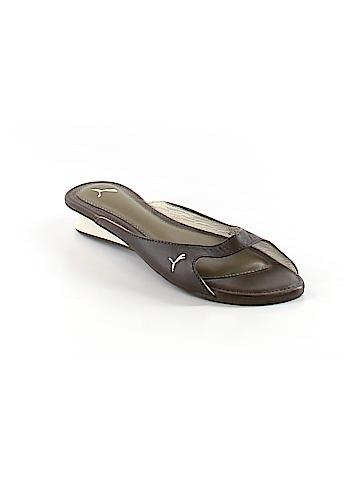 Puma Sandals Size 7