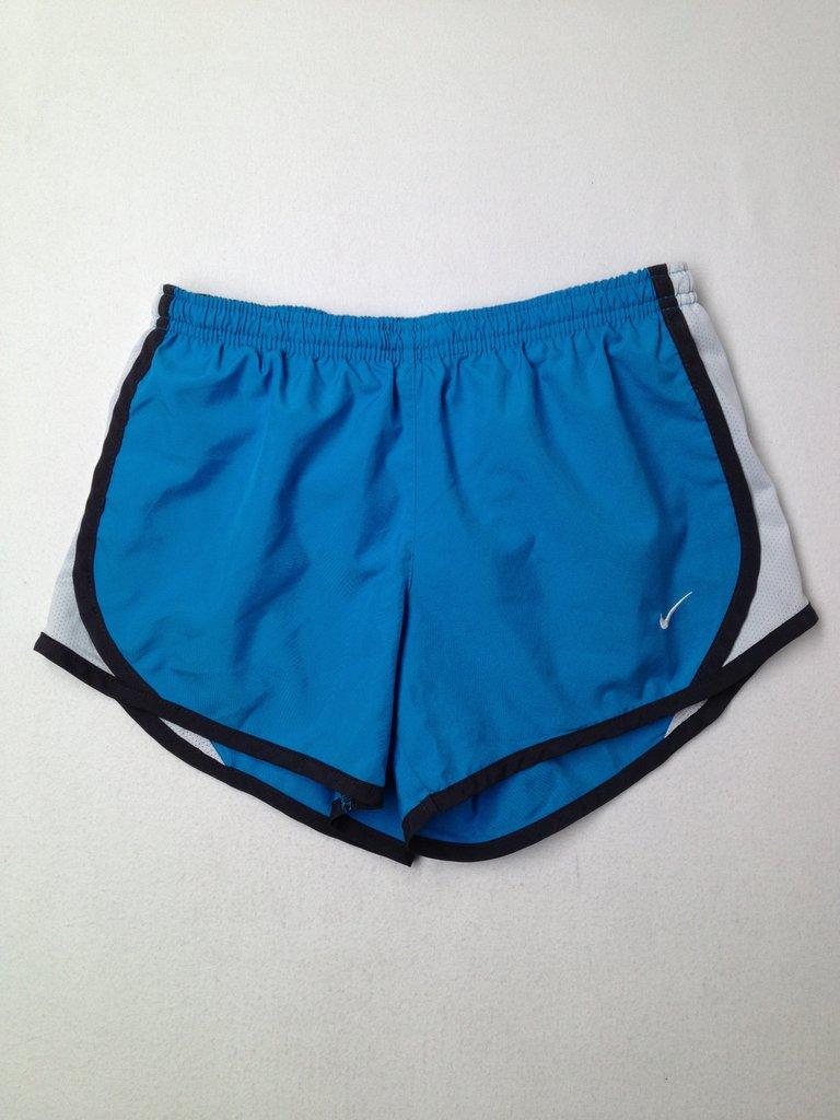 Nike Girls Athletic Shorts Size M (Kids)