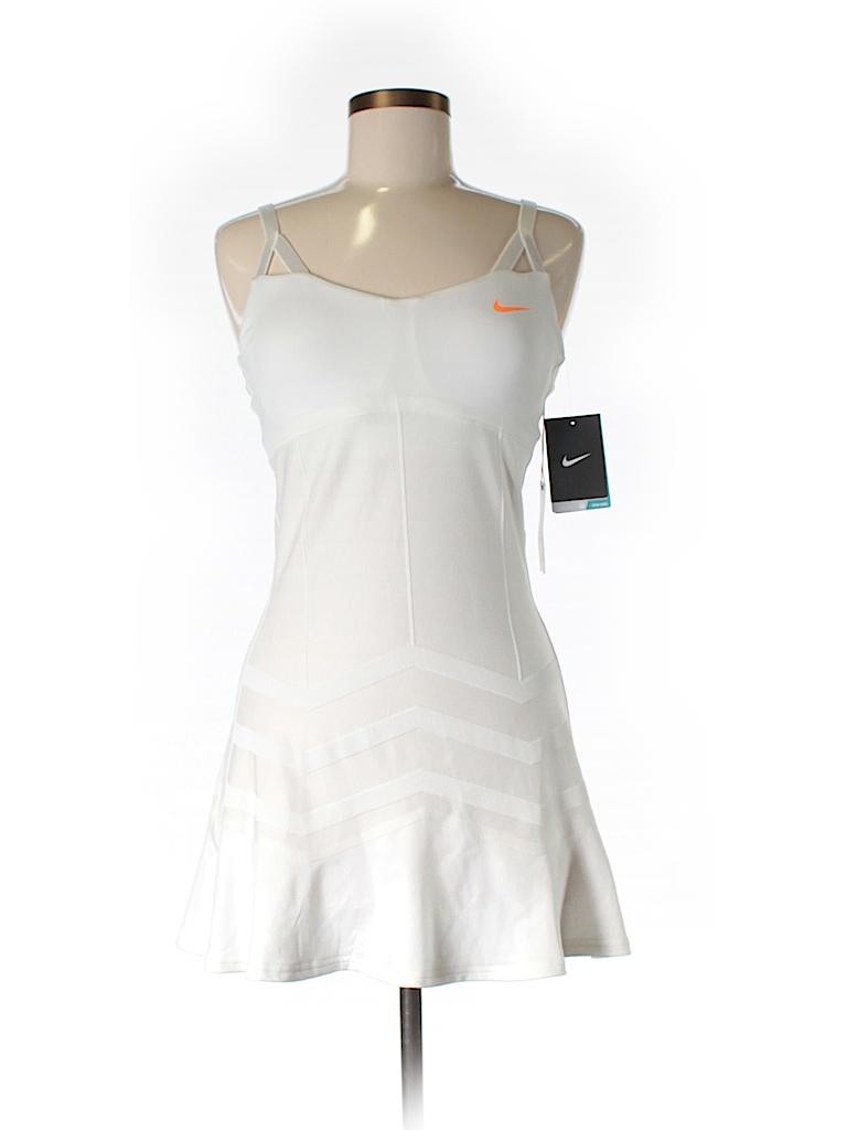 Nike Women Active Dress Size M