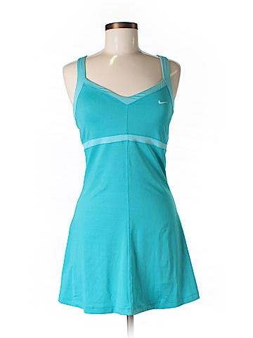 Nike Active Dress Size M