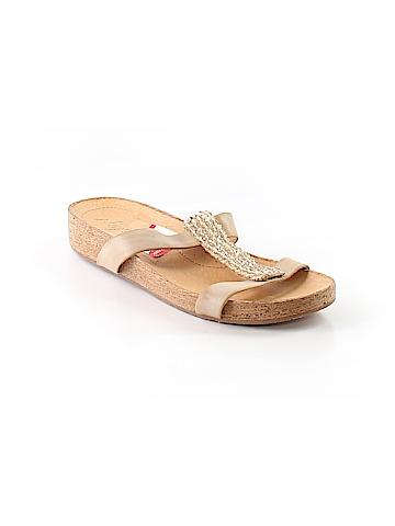 Naya Sandals Size 10