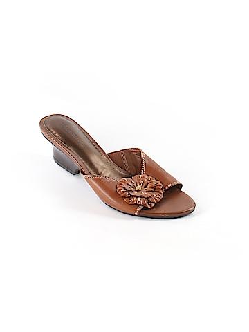 Naturalizer Mule/Clog Size 8