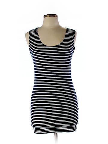 Piko  Sleeveless T-Shirt Size L