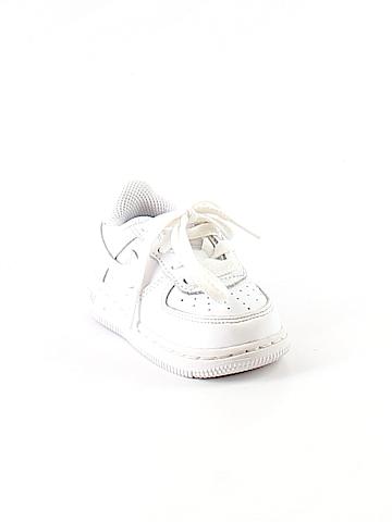 Nike Sneakers Size 4 kids