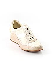 DKNYC Sneakers Size 10