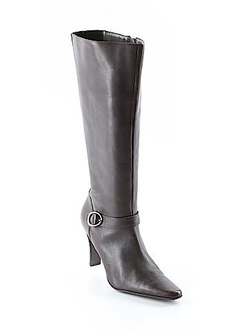 Bass Boots Size 9