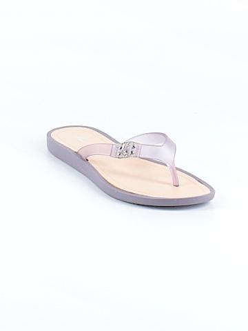 Kenneth Cole New York Flip Flops Size 6