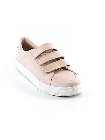 Kaanas Sneakers Size 6