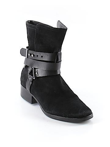 Pour La Victoire Boots Size 9 1/2