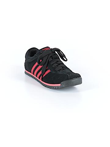 SODA Sneakers Size 5 1/2