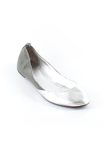 Laura Brandon Flats Size 8