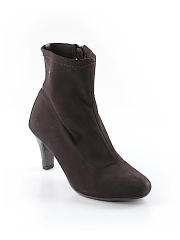 Avenue Boots Size 9 1/2