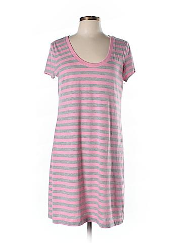 Make + Model  Casual Dress Size L