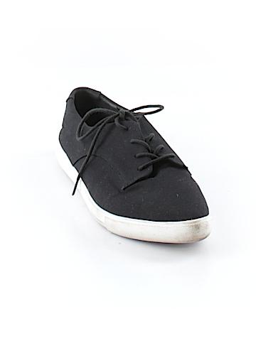 XXI Sneakers Size 6 1/2