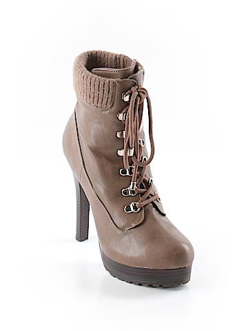 Jennifer Lopez  Ankle Boots Size 8