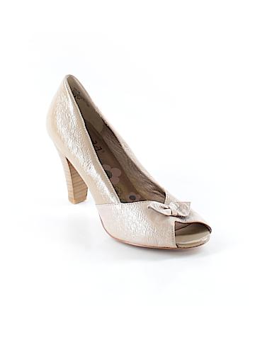 Mudd Heels Size 9 1/2