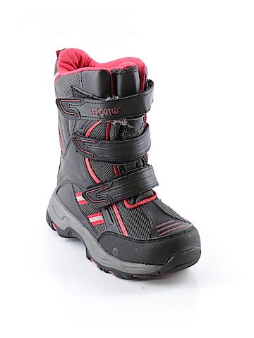 Sporto Boots Size 4