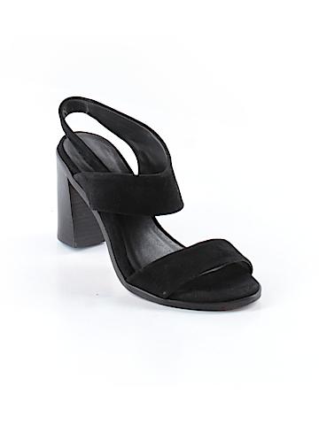Bernardo Heels Size 5