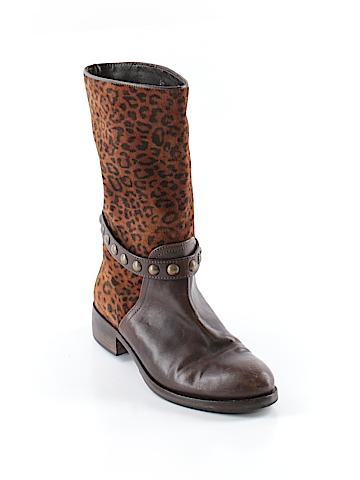 Attitude Boots Size 37 (EU)