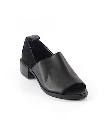 Shellys London Heels Size 7 1/2