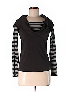 Le Phare De La Baleine Long Sleeve T-Shirt Size S