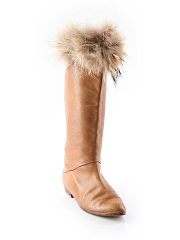 Joan & David Boots Size 8