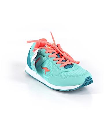 Kangaroos Sneakers Size 6