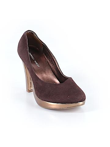 Charles Albert Heels Size 8 1/2