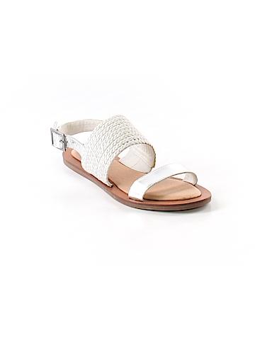 Adam Tucker Sandals Size 4 1/2