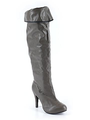Avon Boots Size 8