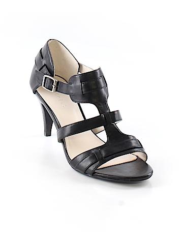 Nickels Heels Size 8 1/2