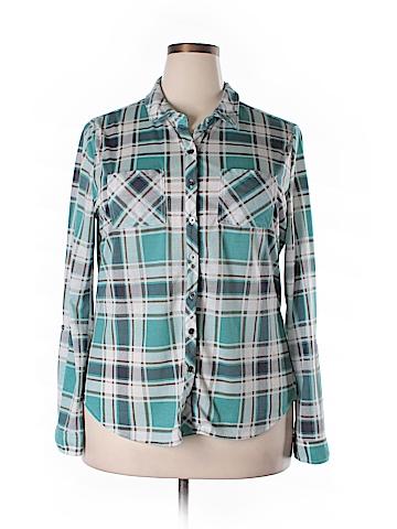 Vanity Long Sleeve Button-Down Shirt Size 2X (Plus)