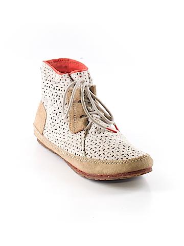 Sorel Sneakers Size 9