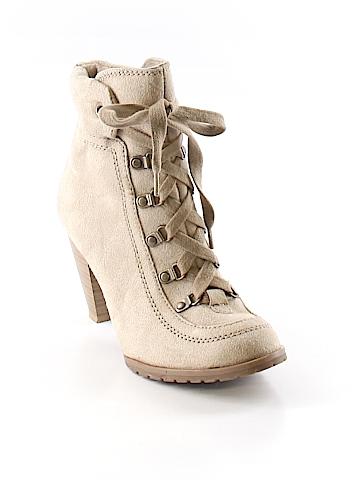 Decree Ankle Boots Size 6