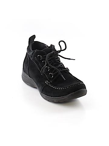 Earth Origins Sneakers Size 7 1/2