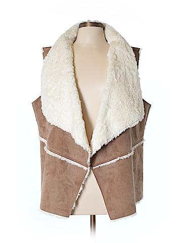 St. John's Bay Faux Fur Vest Size XL