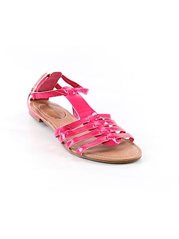 No Boundaries Sandals Size 7
