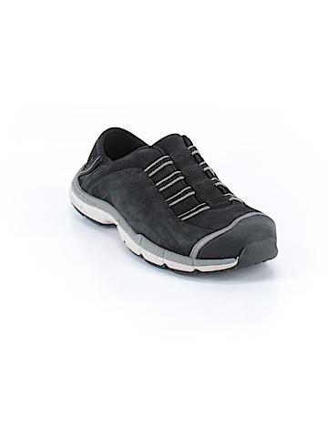 GoLite Sneakers Size 7