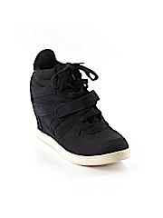 Airwalk Sneakers Size 7 1/2