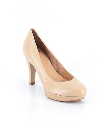 Nurture  Heels Size 7