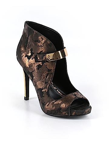 Fergie Women Ankle Boots Size 6