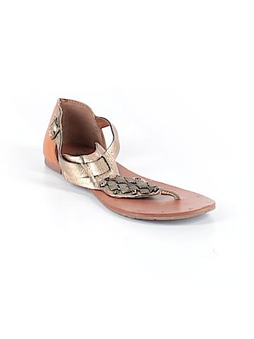 Dolce Vita Sandals Size 8 1/2