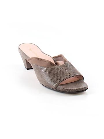 Taryn Rose Mule/Clog Size 9